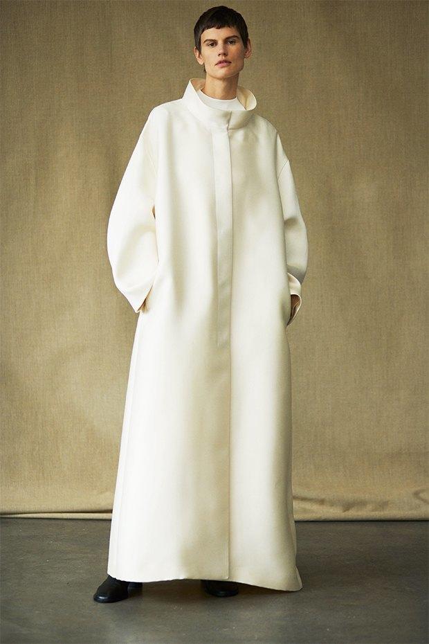 Саския де Брау в лукбуке новой коллекции The Row. Изображение № 14.