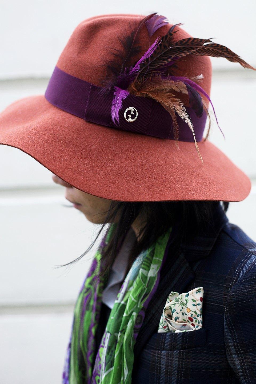 Гардероб: Джени Кай,  директор моды Esquire Singapore . Изображение № 34.
