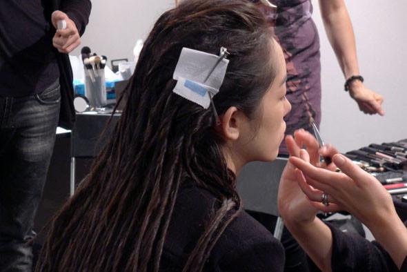 Milan Fashion Week: Репортаж с бэкстейджей Max Mara и Moschino. Изображение № 3.