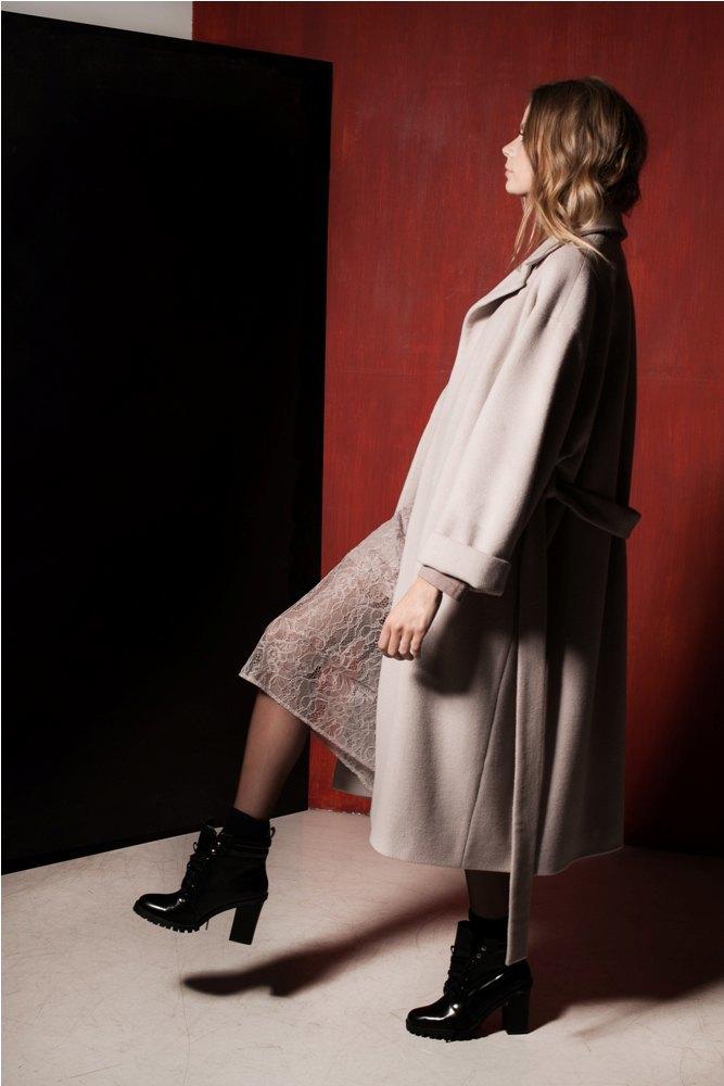 Платья и юбки в бельевом стиле в лукбуке Daria Bardeeva . Изображение № 14.