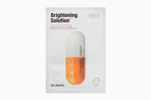 Dr. Jart+ Dermask Micro Jet Brightening Solution. Тканевая маска с никотиновой кислотой и маслами — суперсредство перед вечеринкой.. Изображение № 9.