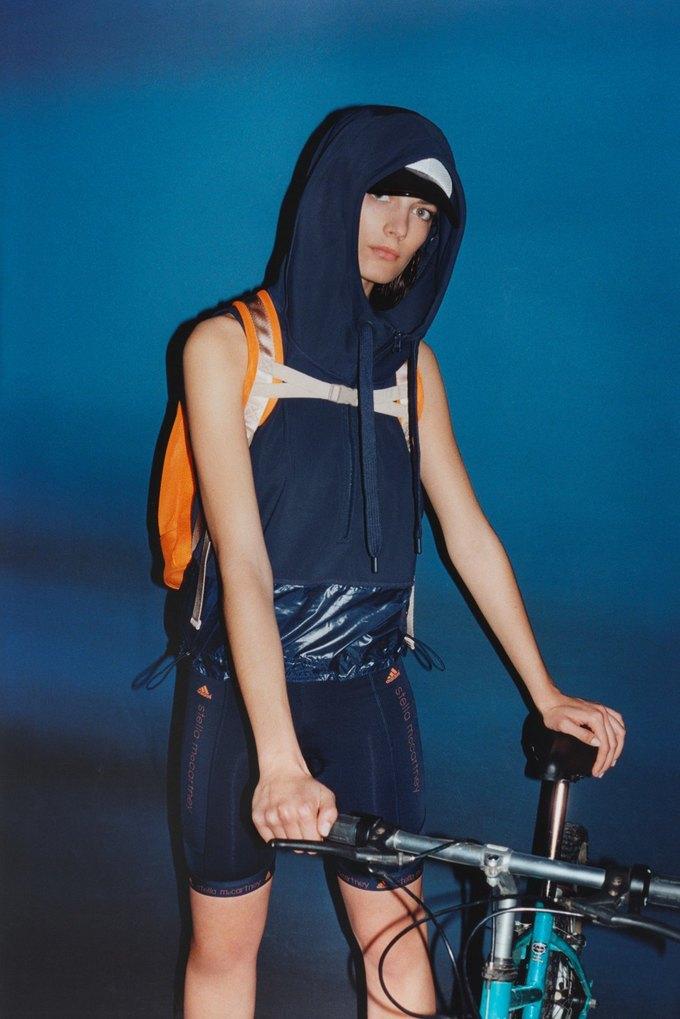 Стелла Маккартни показала новую коллекцию для Adidas. Изображение № 10.