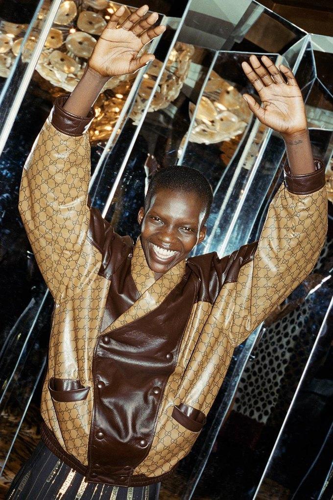 Gucci показали коллаб с дизайнером Дэппер Дэном. Изображение № 35.