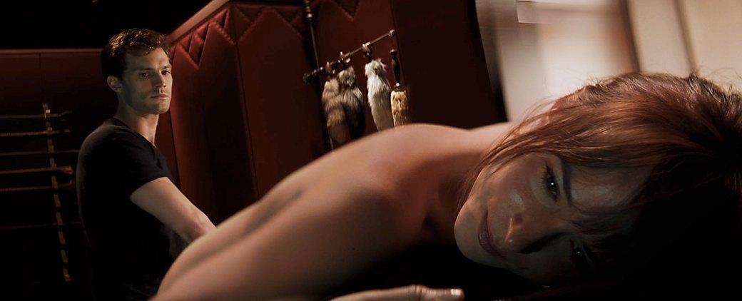 Порноактер из порноверсии фильма 50 оттенков серого