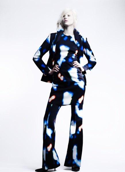 Пальто с графическими принтами в лукбуке Minimarket . Изображение № 4.