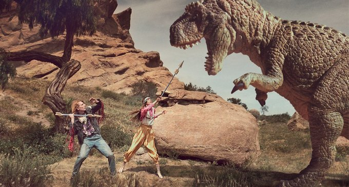 В новой кампании Gucci снялись пришельцы  и динозавры. Изображение № 2.