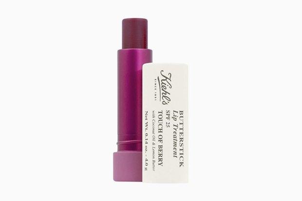 Оттеночный бальзам для губ Kiehl's Butterstick Lip Treatment Touch of Berry SPF 25 c маслами кокоса и лимона. Изображение № 8.