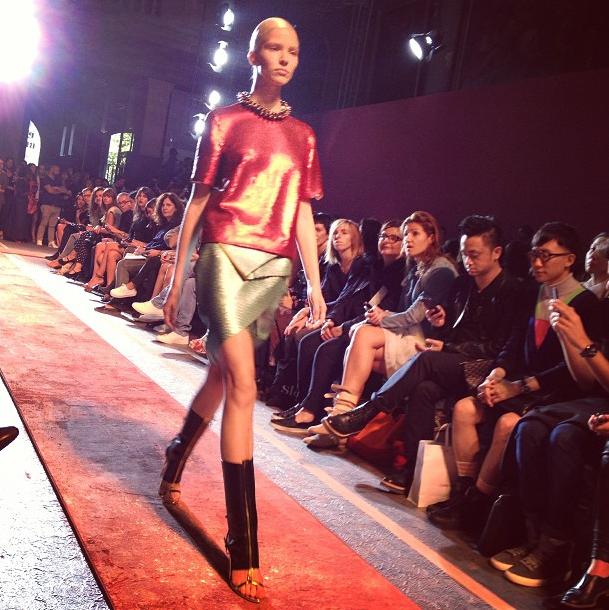 Прямой репортаж  с Paris Fashion Week:  День 1. Изображение № 22.
