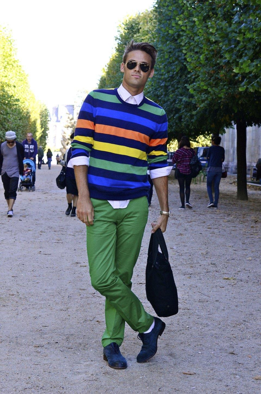 Парень в камуфляже, девушка-Микки-Маус и другие гости Paris Fashion Week. Изображение № 24.