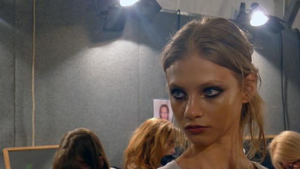 Milan Fashion Week: бэкстейдж показа Dsquared. Изображение № 8.