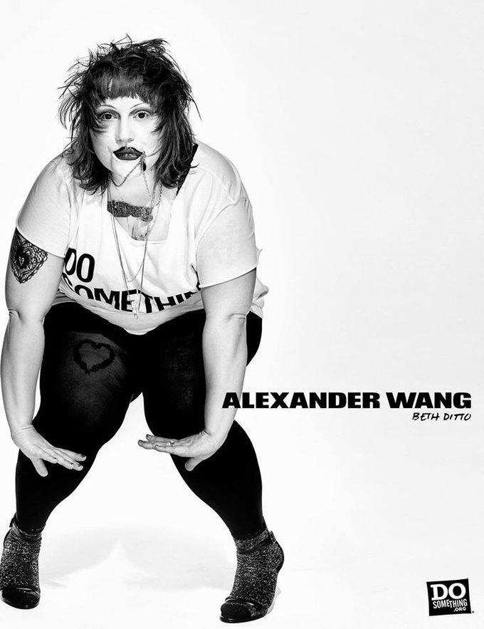 В новой рекламной кампании Alexander Wang снялись 37 звезд. Изображение № 7.
