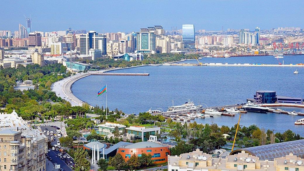 Бархатный сезон: 10 теплых городов ближнего зарубежья. Изображение № 12.