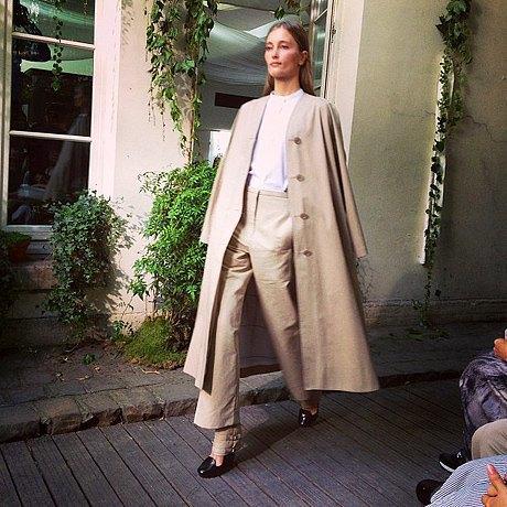Главные показы  второго дня  Paris Fashion Week. Изображение № 1.
