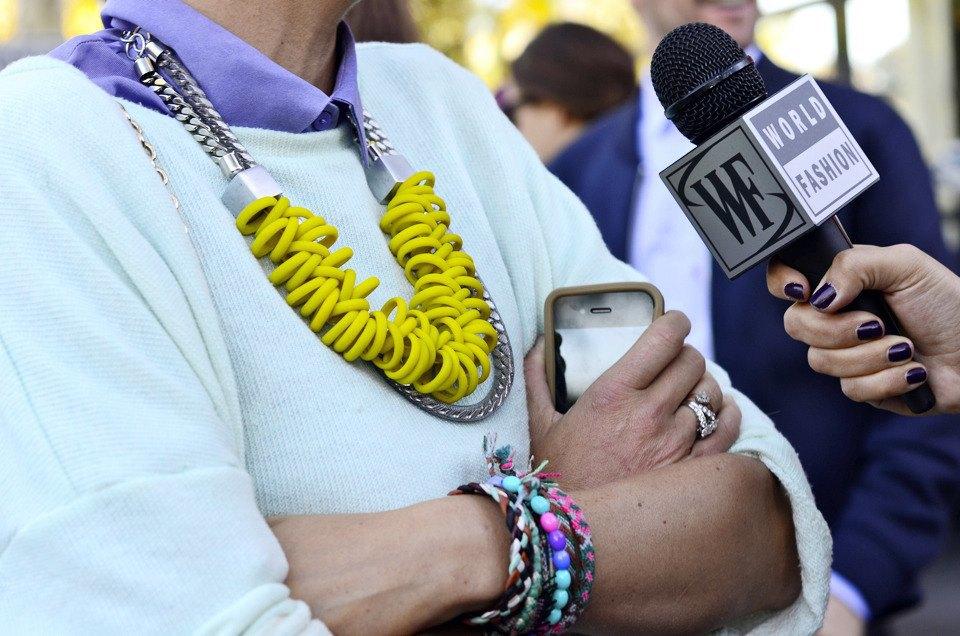 Парень в камуфляже, девушка-Микки-Маус и другие гости Paris Fashion Week. Изображение № 13.