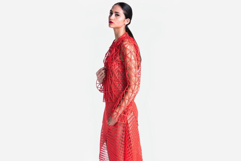 Ананасовая кожа и напечатанная одежда: Инновации, которые изменят моду. Изображение № 5.