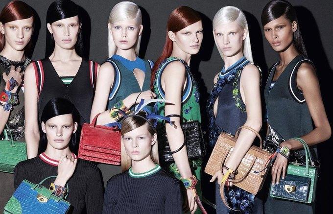 Для новой кампании Prada снялись 18 моделей. Изображение № 3.