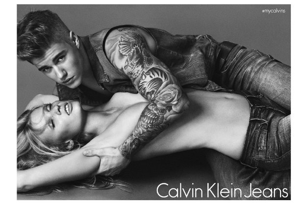 Ларе Стоун угрожают  из-за рекламы Calvin Klein  с Джастином Бибером. Изображение № 5.