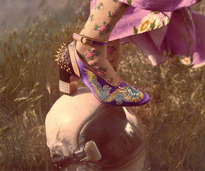 В новой кампании Gucci снялись пришельцы  и динозавры. Изображение № 28.