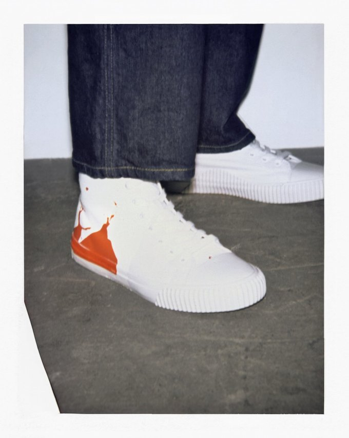 Calvin Klein Jeans и фонд Энди Уорхола показали совместную коллекцию. Изображение № 6.
