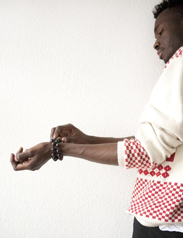Гардероб: Виктор Амечи Мэнди, креативный директор Designersymposium.com. Изображение № 35.