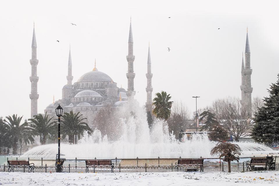 Зимний отпуск:  7 поездок, которые стоит запланировать уже осенью. Изображение № 7.