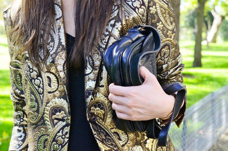 Парень в камуфляже, девушка-Микки-Маус и другие гости Paris Fashion Week. Изображение № 37.