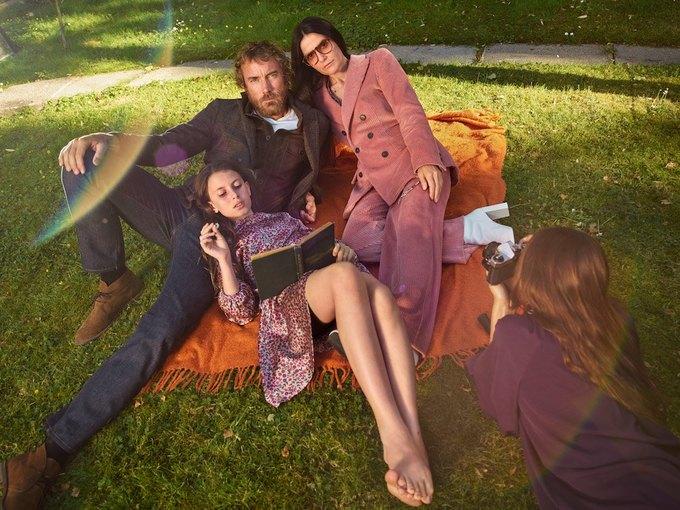Эмбер Валлетта, Эдриан Броуди и Адвоа Абоа в осенней кампании Mango. Изображение № 10.