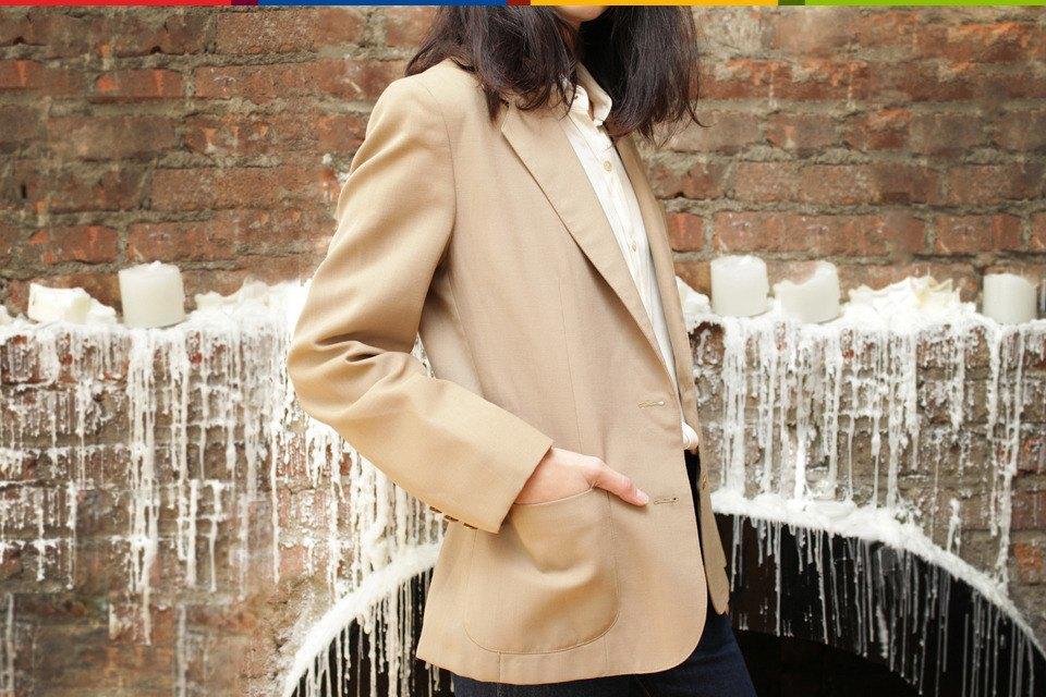 Число Пи: Нью-Йоркский стилист и ее коллекция пиджаков. Изображение № 6.
