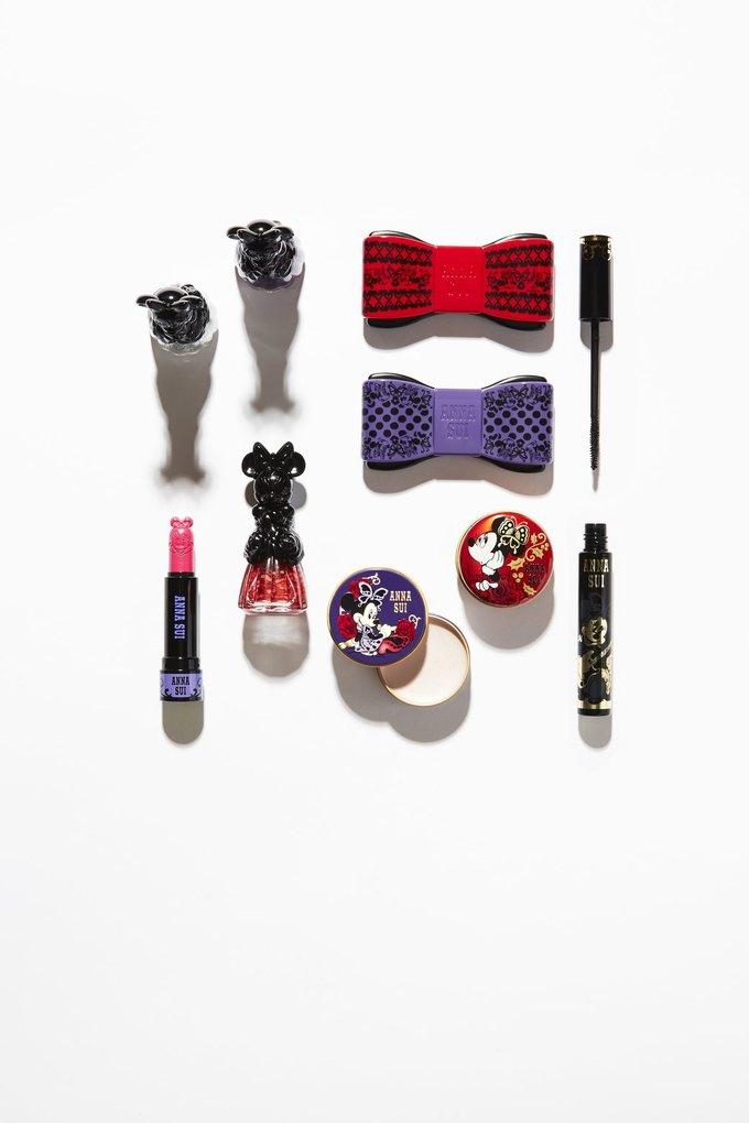 Анна Суи сделала для ASOS  коллекцию косметики с Минни Маус. Изображение № 1.