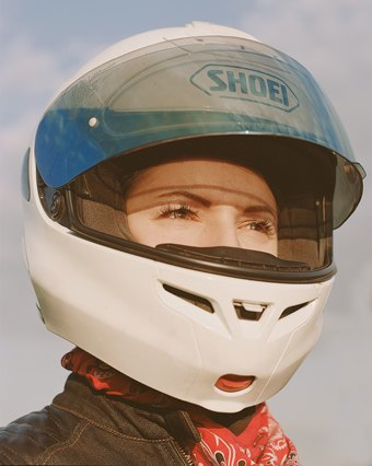 Я и друг мой мотоцикл: Девушки о мотоспорте  и своих байках. Изображение № 12.