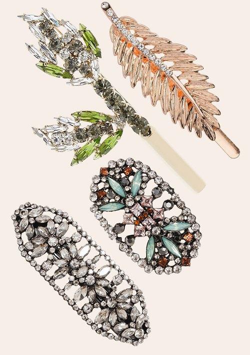 Барочные перстни, чокеры и не только: Какие украшения носить этой зимой. Изображение № 18.