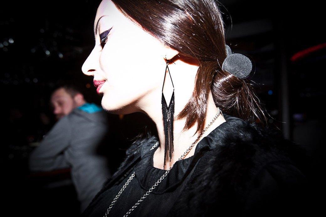 Кресты и котики на вечеринке  Waveform в баре Strelka. Изображение № 2.