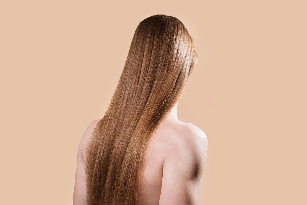 5 причесок под шапку для длинных волос. Изображение № 1.