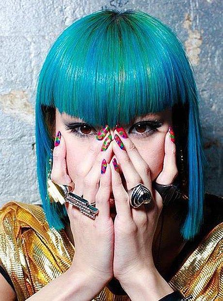 Мадемуазель Юлия, японская певица. Изображение № 5.