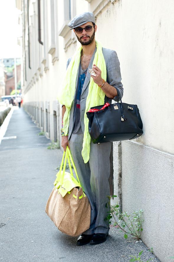 Стрит-стайл: Неделя мужской моды в Милане. Изображение № 24.