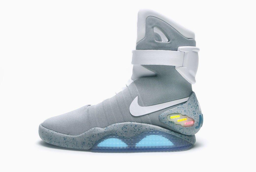 Модель Nike Air Mag из фильма «Назад в будущее» обещают выпустить к 2016 году. Изображение № 2.