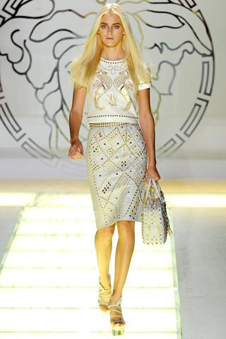 Milan Fashion Week: показ Versace SS 2012. Изображение № 26.