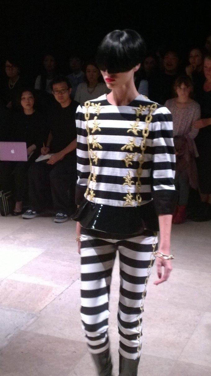 Прямой репортаж  с Paris Fashion Week:  День 2. Изображение № 11.