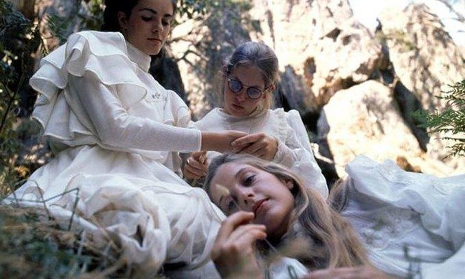 В Австралии снимут сериал «Пикник у Висячей скалы». Изображение № 1.