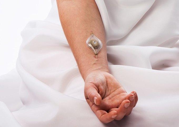 Украшения Наоми Кижнер используют тело как источник энергии. Изображение № 2.