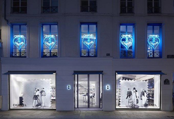 Chanel открыли временное пространство в Colette. Изображение № 1.