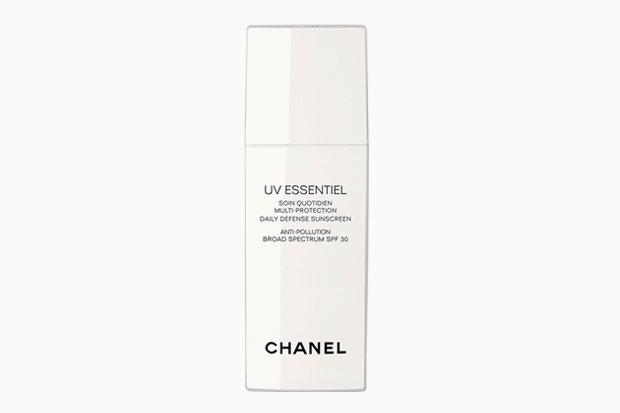 Средство для защиты от солнца Chanel UV Essentiel. Изображение № 4.