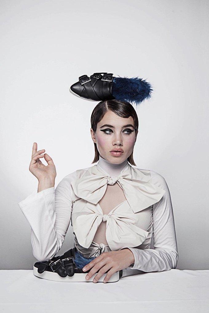 Визажистка Исамайя Френч создала коллекцию обуви  и аксессуаров. Изображение № 3.