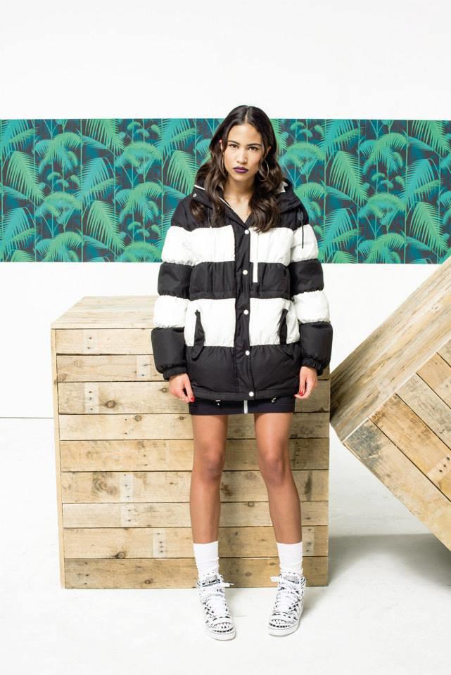 Новый лукбук Adidas Originals — в стиле вогинг. Изображение № 19.