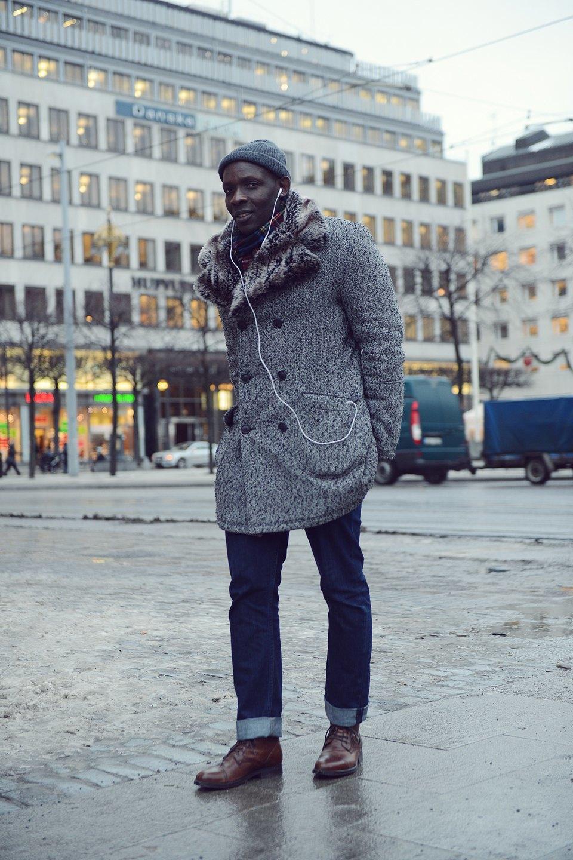 Шубы и горох на Stockholm Fashion Week. Изображение № 11.