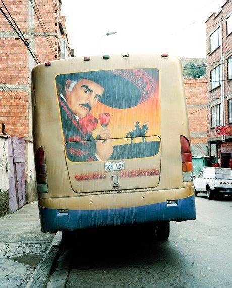 «Боливийские автобусы»:  Поп-культура на колесах. Изображение № 5.