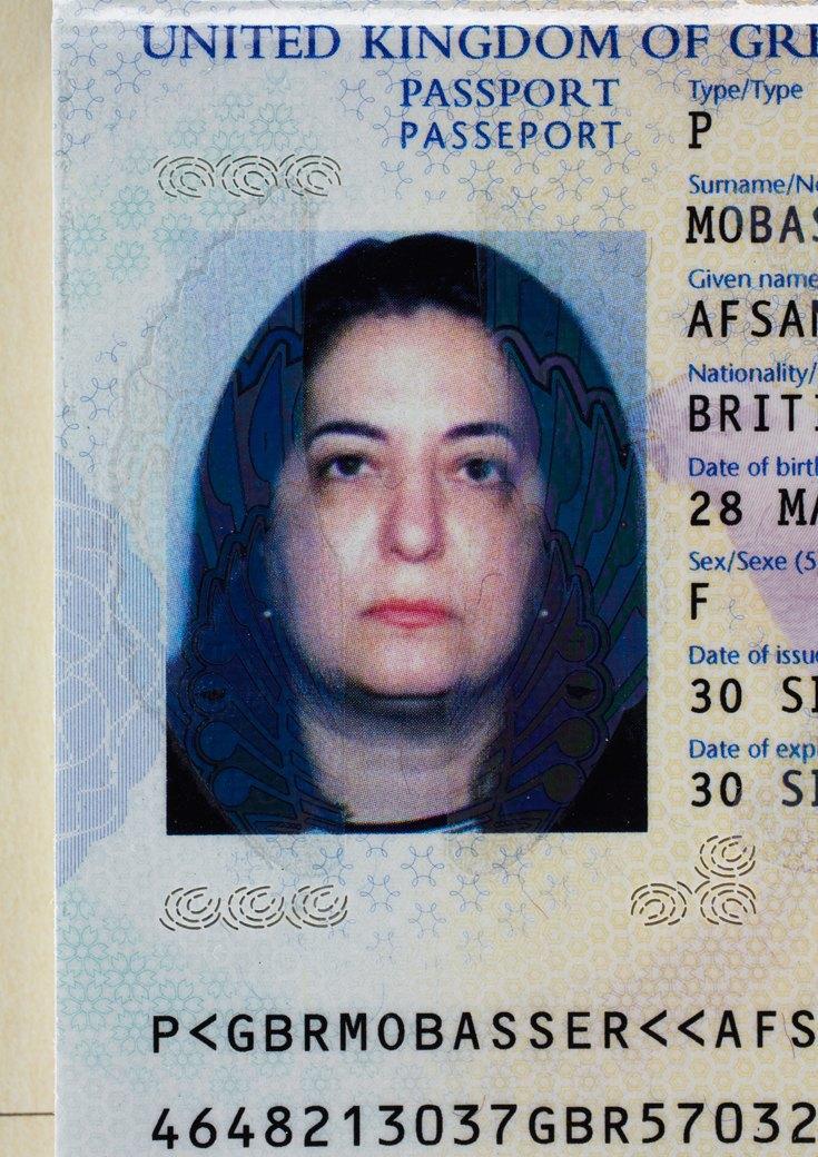 52 года, британский паспорт, Лондон, 2009. Изображение № 3.