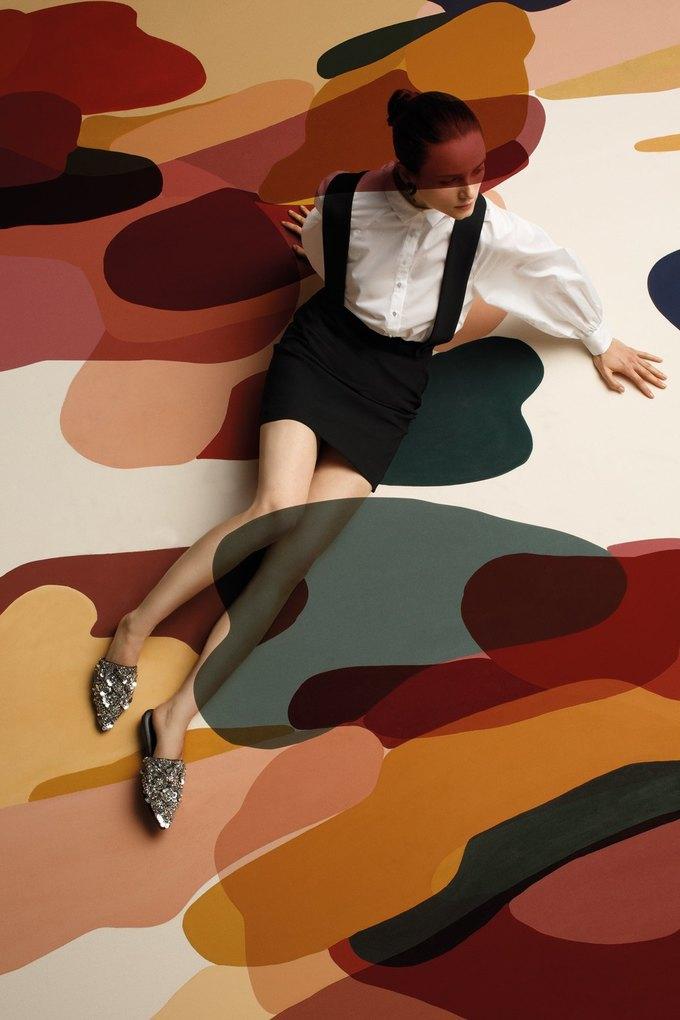 Полотна художницы Клаудии Валселс в новом лукбуке Uterqüe. Изображение № 2.
