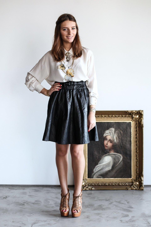 Гардероб: Катя Бутко, блогер и создатель  винтажного магазина. Изображение № 2.