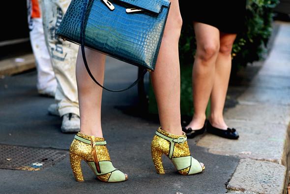 Детали: Milan Fashion Week. Изображение № 26.
